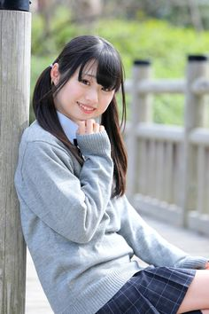 2014年 3月21日 Fresh! 青海南ふ頭公園 みよりさん : T☆photo School Girl Japan, Japanese School Uniform, Cosplay Girls, Turtle Neck, Poses, Street Style, Cute, Sweaters, Darkness