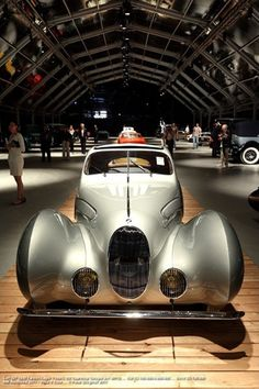 1938 Talbot Lago T150 - CSS teardrop coupe