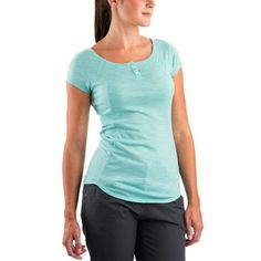 Merino Ultra Lightweight Short-Sleeved Crew: A transitional layer to help you span the seasons.