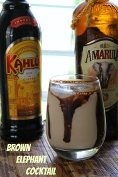 A sweet, creamy cocktail of Amarula and Kahlua to make you happy.