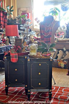 All About Vignettes: It's All About Plaid