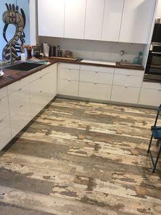 Reclaimed barn board evp coreluxe by tranquility for Evp plank flooring