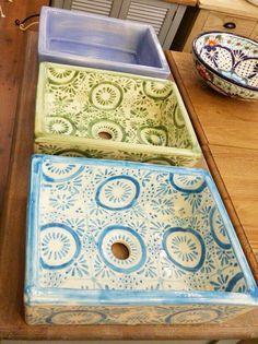 מגוון ענק של כיורים לאמבטיה מבית טורקיז האוס. כיורים מצויירים, כיורי ברונזה וכיורי אבן לחדרי אמבטיה ורחצה. בואו להתרשם מהמגוון והאיכות!