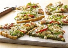 Gluten Free Chicken Pesto Pizza - sounds yummy...make own dough though?