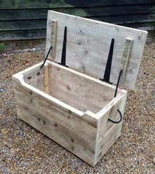 Chunky Rustic Chest made from scaffold planks - ecorusticfurniture