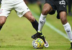 hhttp://www.goal.com/br/news/229/brasileir%C3%A3o-s%C3%A9rie-a/2016/10/05/28173512/corinthians-x-atl%C3%A9tico-mg-santos-x-fluminense-flamengo-x  Corinthians x Atlético-MG Santos x Fluminense Flamengo x Santa Cruz América-MG x Palmeiras  Confira os jogos da 29º rodada do Brasileirão