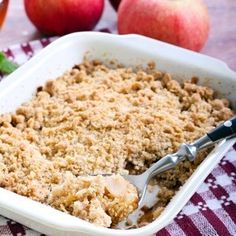 Easy Apple Crumble, Apple Crumble Recipe, Golden Delicious Apple, Easy Weekday Meals, Fresh Apples, Recipe Search, Baked Apples, Something Sweet, Baking Recipes