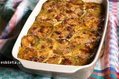 Esta receta de calabacín al horno está genial. Lleva carne picada y queso. Sale un plato superjugoso y sabroso. Explicación detallada. Paso a paso con fotos
