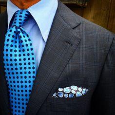 "Closeup from today by @rickycarlo wearing a Viola Milano ""Blue Sky"" handrolled silk tie... www.violamilano.com  #vm #violamilano #handmade #madeinitaly #luxury #essential #timeless #classic #menswear #naples"