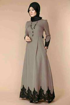 Hijab Fashion Summer, Abaya Fashion, Muslim Fashion, Skirt Fashion, Fashion Dresses, Casual Dresses, Bridal Hijab Styles, Hijab Style Dress, Modele Hijab