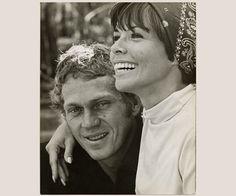 Steve McQueen et sa femme Neile Adams, par Chester Walter Maydole - Photographie vintage   PHOTO MEMORY - #stevemcqueen #vintage #photographie #photography