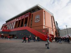 Liverpool to take on Manchester United for Nottingham Forest's Ben Brereton?