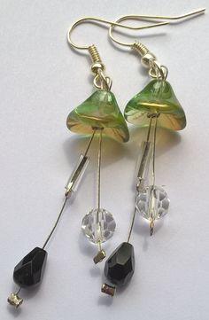 Zvonečky+pro+radost+-+náušnice+Hravé+a+přitom+elegantní+zvonečkové+náušnice.+Dlouhé+6,5+cm.