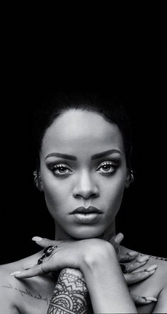 NoraIsabelle ins y u nn Rihanna NoraIsabelle ins y u nn Rihanna Hair Coach Monja HaarMonja Make up Beauty nbsp hellip makeover ideas Mode Rihanna, Rihanna Love, Rihanna Riri, Rihanna Style, Kelly Rowland, Make Up Tutorial Eyeshadows, Makeup Before And After, Eyeshadow Looks, Eyeshadow Ideas