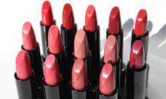 Shiseido rossetti Rouge Rouge: foto, swatches, opinioni - http://www.beautydea.it/shiseido-rossetti-rouge-rouge-foto-swatches-opinioni/ - Scopri i nuovi rossetti Shiseido Ginza Tokyo: lucidi, cremosi e brillanti, illuminano il sorriso idratando le labbra.