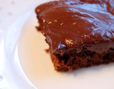 Kelli Wong Photography: Chocolate Brownies with Frosting