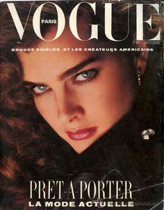 Revista *VOGUE Paris Octobre 1984 - N.650 - Portada: Brooke Shields -- 458 páginas