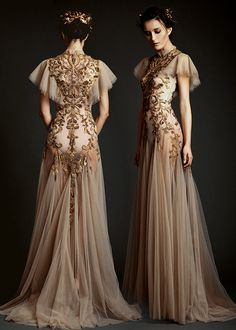 Image about fashion in Vestidos👗💙 by Phoenix on We Heart It Evening Dresses, Prom Dresses, Formal Dresses, Wedding Dresses, Fantasy Gowns, Dream Dress, Pretty Dresses, Beautiful Outfits, Designer Dresses