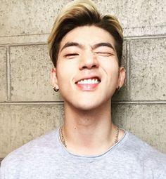 Oooh Mathew you are so handsome! K Pop, Kpop Boy, Kpop Girls, Kard Bm, Kim Woo Jin, Korean Pop Group, Dsp Media, Wattpad, Kpop Groups