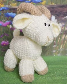 You had better goat used to this new pattern. Don& goat us wrong, its unforgoatable. Here is Gary the Goat. He is made with double knitting yarn and is another original pattern from us at Knitting by Post. Animal Knitting Patterns, Stuffed Animal Patterns, Amigurumi Patterns, Crochet Patterns, Free Baby Knitting Patterns, Crochet Sheep Free Pattern, Knitted Stuffed Animals, Knitted Animals, Double Knitting