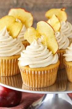 These Apple Butter Cupcakes are full of apple flavor and easy to make! They have apple butter in both the cupcake and frosting and are perfect for fall! I hope you're as excited for apple Easy Cupcake Recipes, Fall Dessert Recipes, Fall Desserts, Just Desserts, Easy Recipes, Drink Recipes, Cupcake Flavors, Apple Desserts, Cupcake Ideas