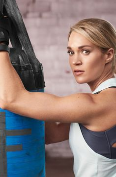No matter how intense your workout gets, the CALIA™ by Carrie Underwood Women's Support Strap Back Muscle Tank Top moves with you. This double-layer tank is designed with a built-in bra that brings coverage and a pop of color to your gym session. Wicking and antimicrobial properties help you stay dry and fresh, while a crossback cut unlocks fuller mobility.