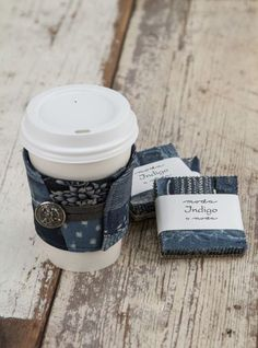 Coffee Koozie free pattern and tutorial by Fat Quarter Shop using Moda's Indigo fabric. Great gift idea.