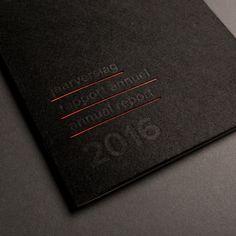 Klara Festival, design by Strak #folie #brochure #jaarverslag #digitaal #foliedruk #geniet #hotfoil #nieten #softcover #squarefold #stans