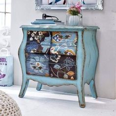 7 Gracious Clever Tips: Shabby Chic Desk Nooks dark shabby chic furniture.Shabby Chic Home Furnishings shabby chic living room window. Decoupage Furniture, Hand Painted Furniture, Distressed Furniture, Funky Furniture, Refurbished Furniture, Paint Furniture, Repurposed Furniture, Shabby Chic Furniture, Shabby Chic Decor