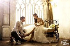 This prewedding photo is like a fairytale-come-true!