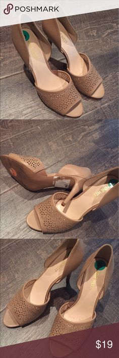 Shoes Shoes, Heels 4 inches,open toe, tan color, size 8, Nine West , New ! Nine West Shoes Heels