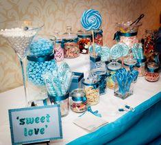 blue wedding sweet table