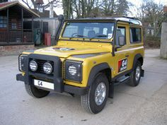 LAND ROVER DEFENDER XS TO FULL G4