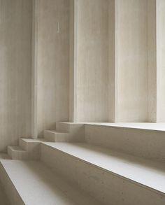 Immanuelkirche-koeln-sauerbruchHutton-treppe.jpg  #(1000×1245) Kirche Stufen Sitzen