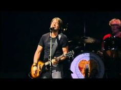 KEITH URBAN - STUPID BOY (LIVE) omg yum.............. and love this song