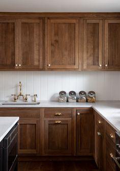 Shop Your Screenshots™ with LIKEtoKNOW. Wood Kitchen Cabinets, Kitchen Redo, New Kitchen, Kitchen Remodel, Oak Cabinets, Walnut Kitchen, Kitchen Shop, Kitchen Backsplash, Brown Kitchens