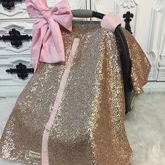 Gold sequin glitz canopy