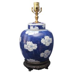 Vallin Galleries LLC, Purveyors of Chinese and Asian Art and Antiques.