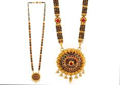 P N Gadgil & Sons - PNG: Buy Exclusive Gold Mangalsutra Designs in Pune, India. Available short daily use, Fancy Designer Mangalsutra with best price. Jewelry Shop, Beaded Jewelry, Fashion Jewelry, Women Jewelry, Gold Jewelry, Gold Mangalsutra Designs, Gold Jewellery Design, South Indian Jewellery, Indian Jewelry