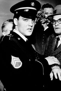 Elvis Presley aboard the train that brought him home from the Army on March 7, 1960.  © Bob Williams