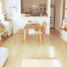 asamiさんの、ラグが欲しい,お返事遅くてごめんなさい(人д`),カウンターキッチン,セリア,ナチュラルカラー,建売住宅,狭いリビング,シンプルナチュラル,白×木が好き♪,部屋全体,のお部屋写真