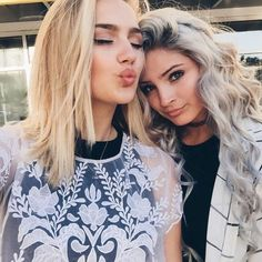 Blondes with fab natural makeup with incredible flawless style ♡ Selfie time #selfie
