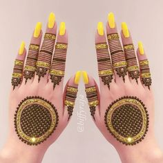 Mehndi is used for decorating hands of women during their marriage, Teej, Karva Chauth. Here are latest mehndi designs that are trending in the world. Back Hand Mehndi Designs, Simple Arabic Mehndi Designs, Mehndi Designs For Beginners, Unique Mehndi Designs, Wedding Mehndi Designs, Mehndi Designs For Fingers, Beautiful Henna Designs, Latest Mehndi Designs, Mehandi Designs