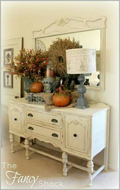 Pebble Beach Country Chic Paint Rooms FOR Rent Fall Vignette