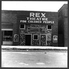 Leland, Mississippi, in the Delta area, June 1937. Photographer: Dorothea Lange