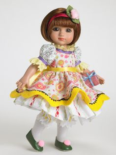 Happy Birthday | Tonner Doll Company - Sophie from the Anne Estelle collection - SOLD OUT