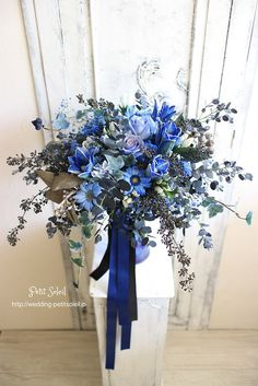 ブーケ Navy Blue Wedding Theme, Wedding Colors, Bridal Flowers, Flower Bouquet Wedding, Bride Bouquets, Floral Bouquets, Dried Flowers, Blue Flowers, Blue Bouquet