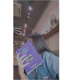 Uzzlang Girl, Sad Girl, Shadow Photography, Photography Poses, Girl Photo Poses, Girl Photos, Cute Korean, Korean Girl, Girls World