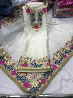 To place ur orders plz send msg on WhatsApp +91 8400060006 We Ship Worldwide