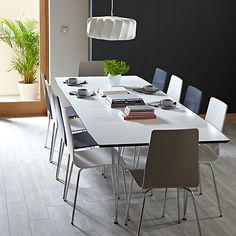 Plain table for the bright chairs